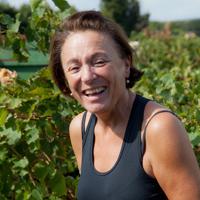 Céline Aubert in Sainte Cécile-les-Vignes